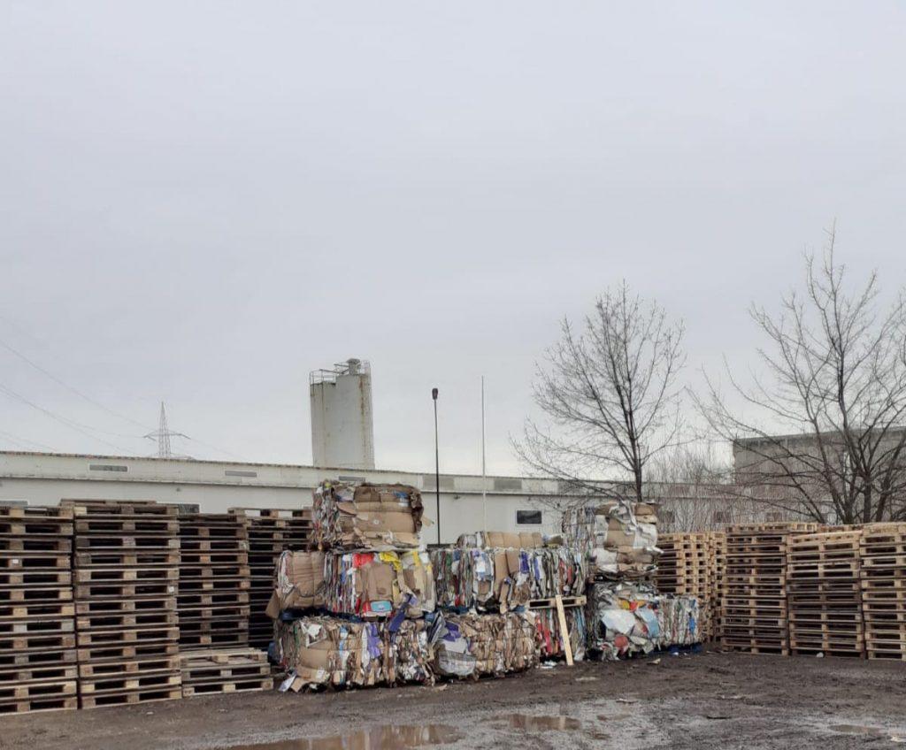 Colectare Deseuri Plastic Bucuresti-min